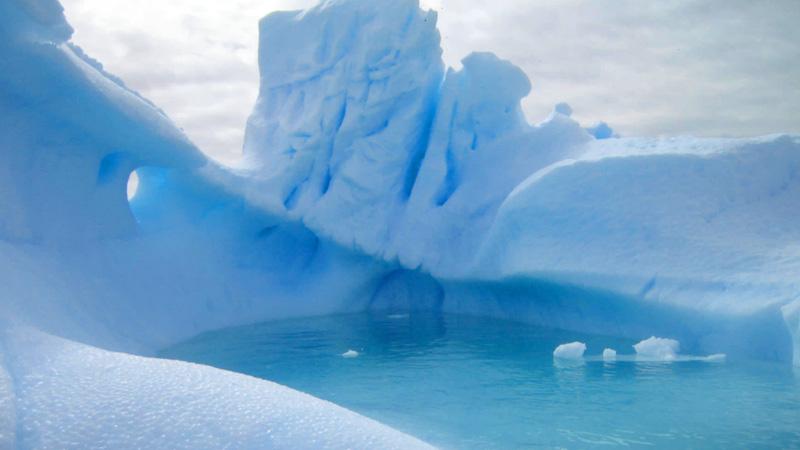 Antarctica-lagoon